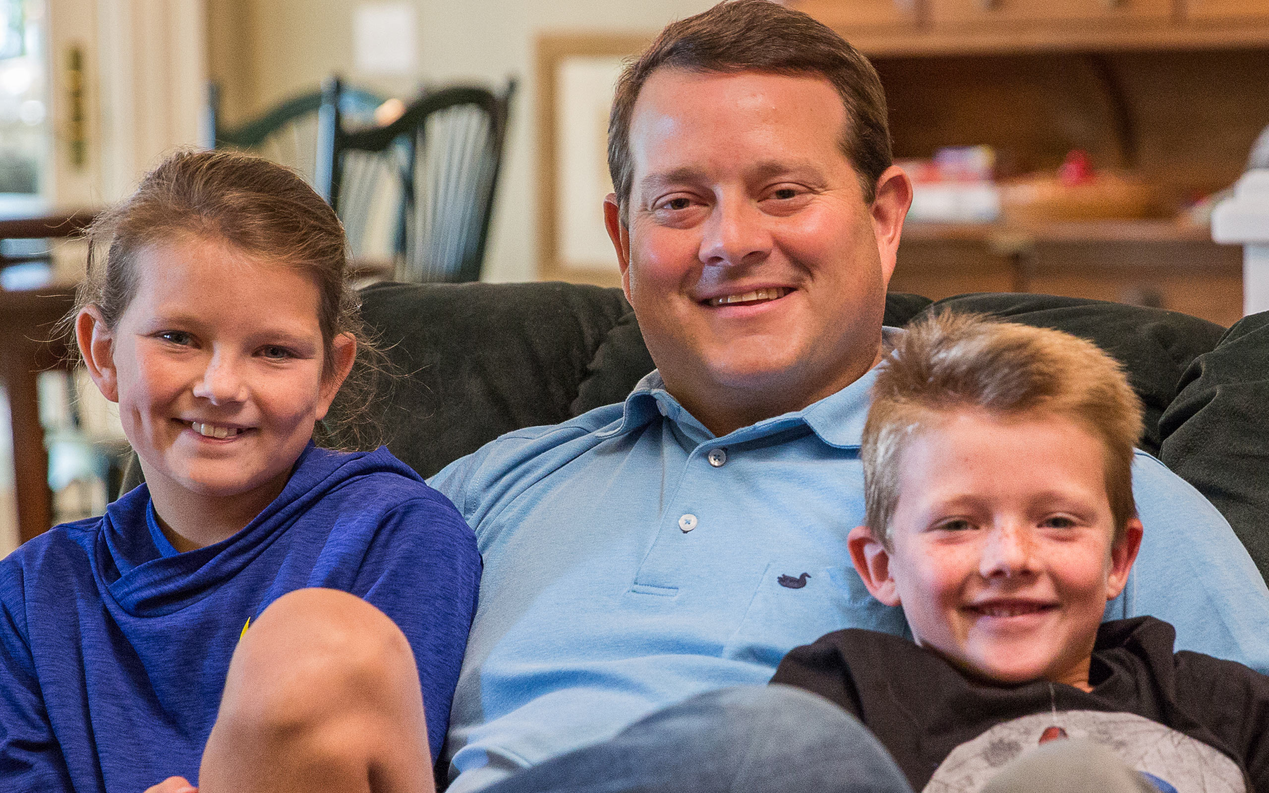 Donnan, diagnosed with aHUS at 39 years old, and his two children